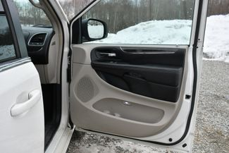 2013 Chrysler Town & Country Touring Naugatuck, Connecticut 12