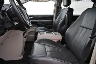 2013 Chrysler Town & Country Touring Naugatuck, Connecticut 22