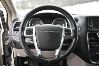 2013 Chrysler Town & Country Touring Naugatuck, Connecticut 23