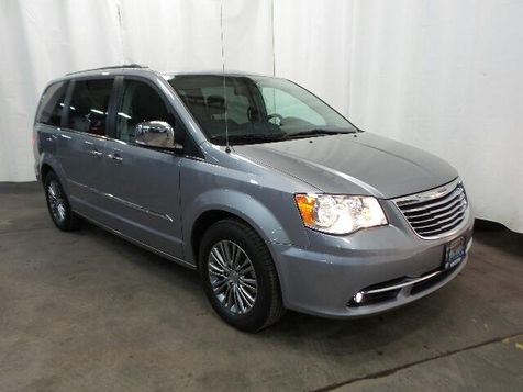 2013 Chrysler Town & Country Touring-L in Victoria, MN