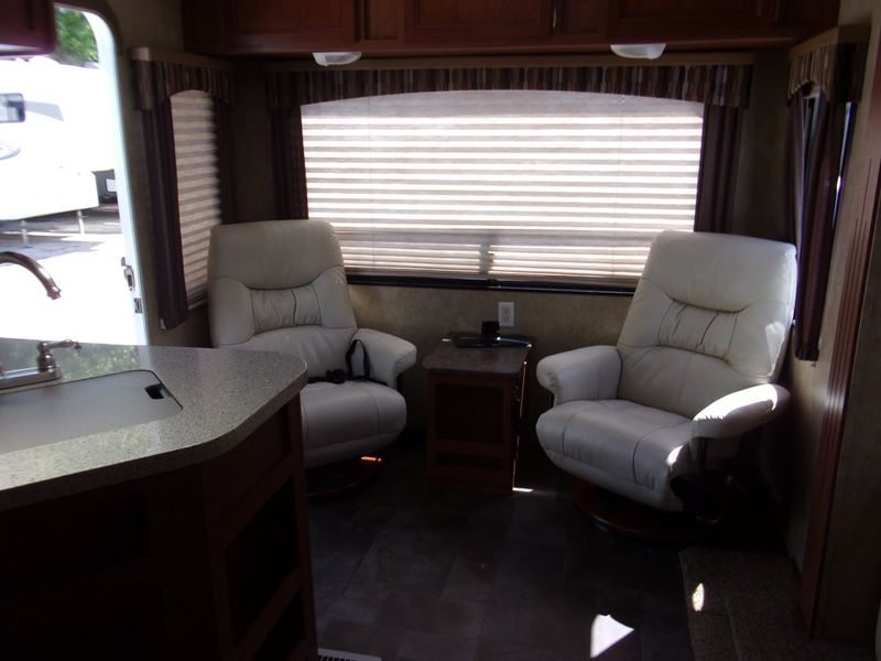 2013 Coachmen CTS270RL EXPEDTION BIG SLIDE  city FL  Manatee RV  in Palmetto, FL