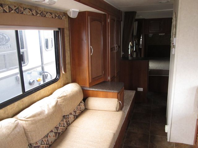 2013 Coachmen FREEDOM EXPRESS 246RKS Albuquerque, New Mexico 4