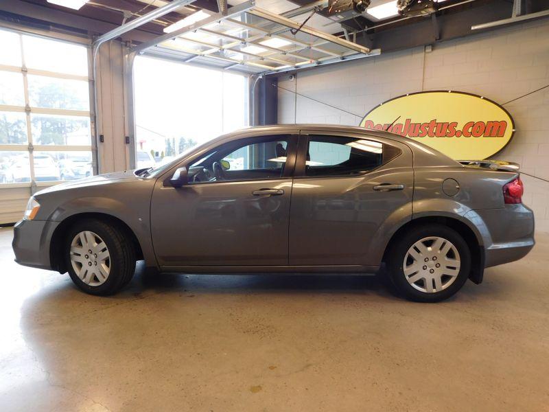 2013 Dodge Avenger SE V6  city TN  Doug Justus Auto Center Inc  in Airport Motor Mile ( Metro Knoxville ), TN