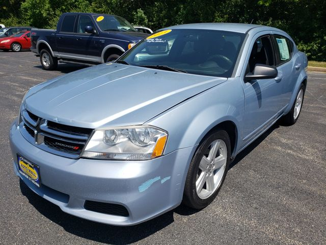 2013 Dodge Avenger SE | Champaign, Illinois | The Auto Mall of Champaign in Champaign Illinois