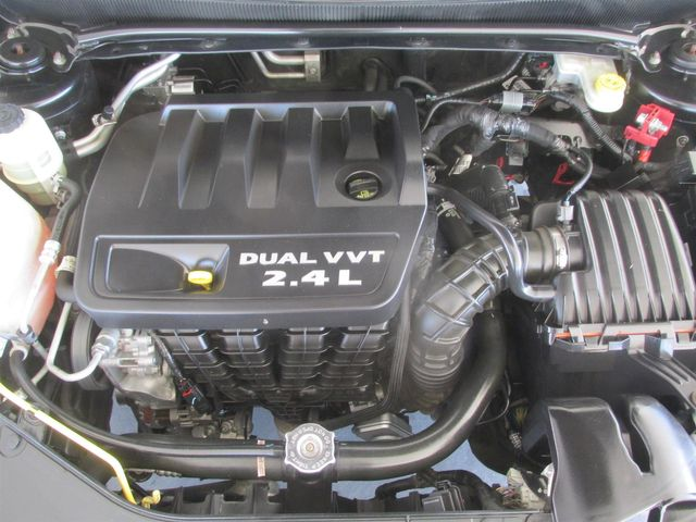 2013 Dodge Avenger SXT Gardena, California 15