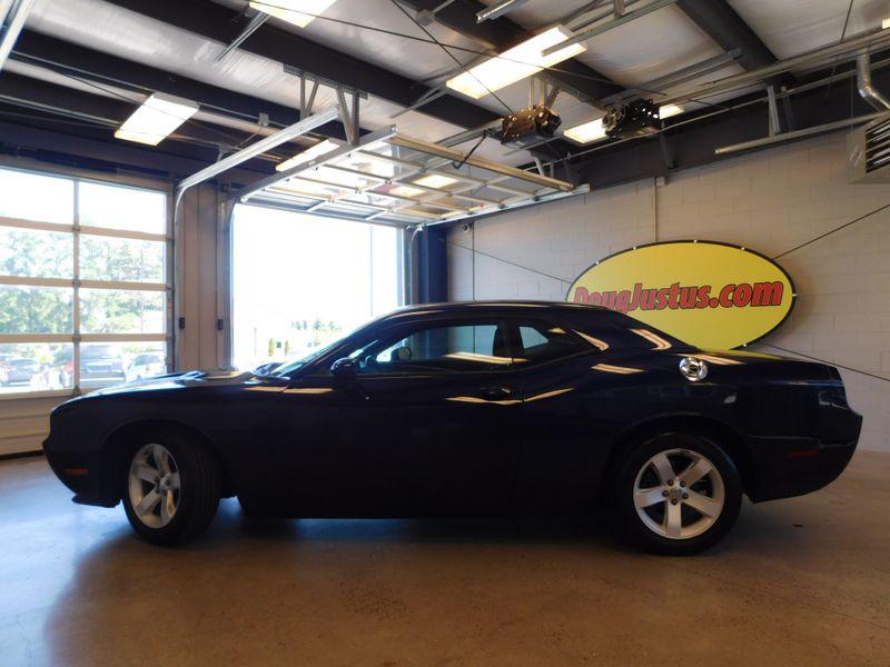 2013 Dodge Challenger SXT  city TN  Doug Justus Auto Center Inc  in Airport Motor Mile ( Metro Knoxville ), TN