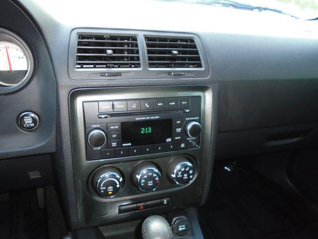 2013 Dodge Challenger SXT in Alpharetta, GA 30004