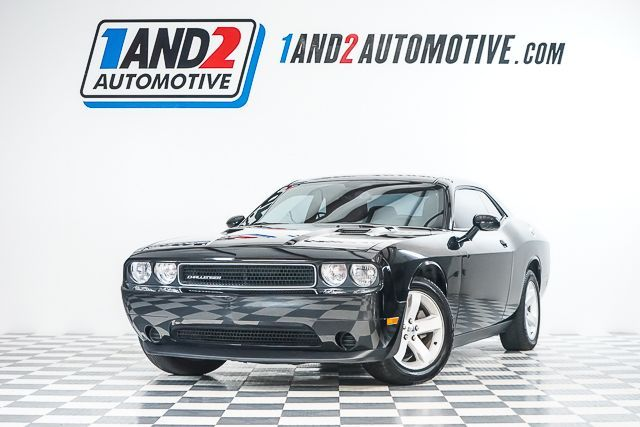 2013 Dodge Challenger SXT in Dallas TX