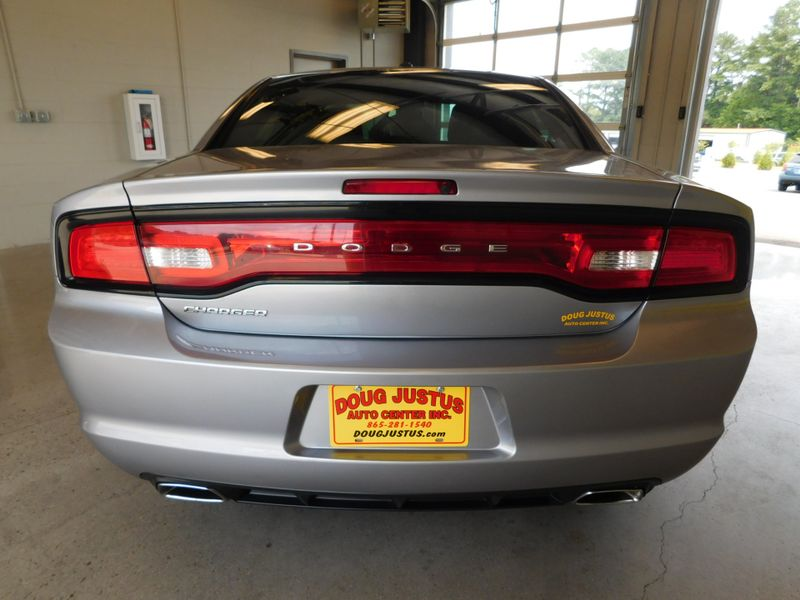 2013 Dodge Charger SE  city TN  Doug Justus Auto Center Inc  in Airport Motor Mile ( Metro Knoxville ), TN