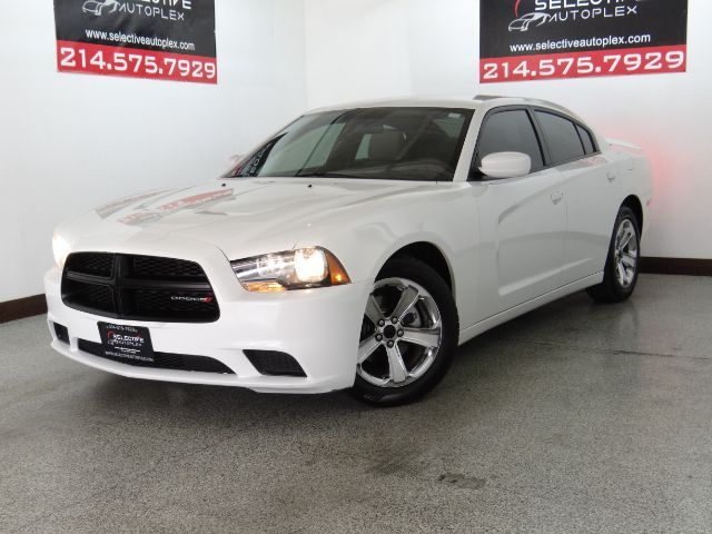 2013 Dodge Charger SE, CLOTH SEATS, KEYLESS ENTRY/START, AUX