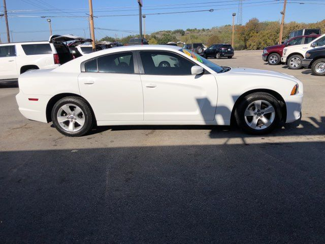 2013 Dodge Charger SE in Marble Falls, TX 78654