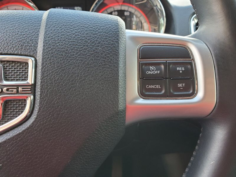 2013 Dodge Durango Crew  Brownsville TX  English Motors  in Brownsville, TX