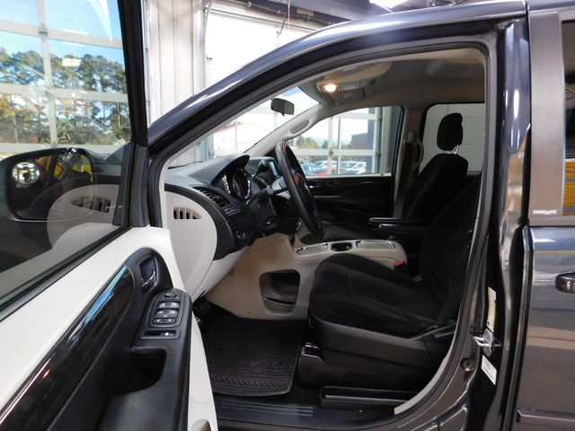 2013 Dodge Grand Caravan SXT in Airport Motor Mile ( Metro Knoxville ), TN 37777