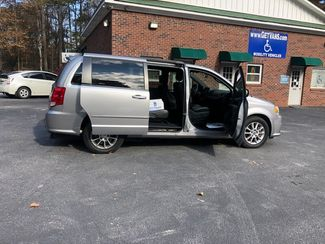 2013 Dodge Grand Caravan R/T handicap wheelchair accessible rear entry Dallas, Georgia 18