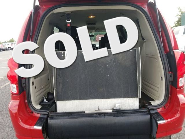 2013 Dodge Grand Caravan handicap wheelchair rear entry van