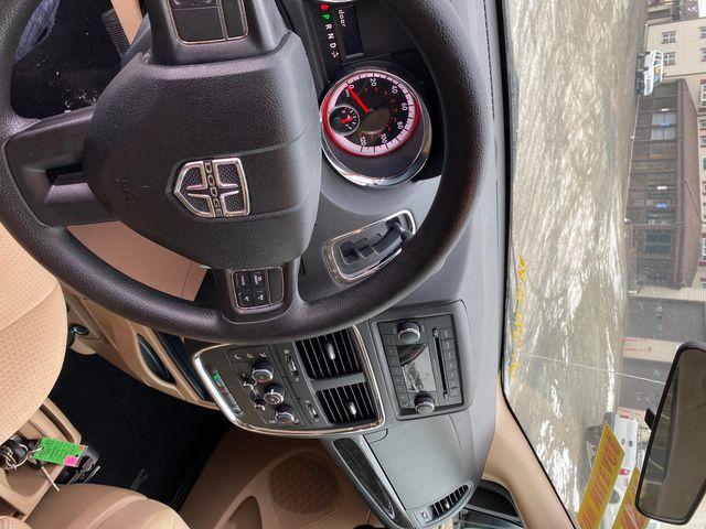 2013 Dodge Grand Caravan SE Hoosick Falls, New York 6
