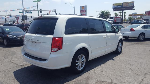 2013 Dodge Grand Caravan SXT AUTOWORLD (702) 452-8488 Las Vegas, Nevada 1