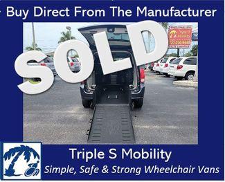 2013 Dodge Grand Caravan Sxt Wheelchair Van Handicap Ramp Van in Pinellas Park, Florida 33781