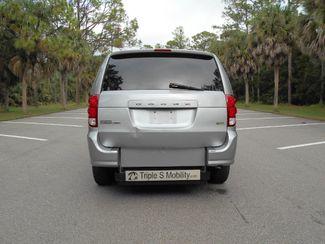 2013 Dodge Grand Caravan Sxt Wheelchair Van Pinellas Park, Florida 4