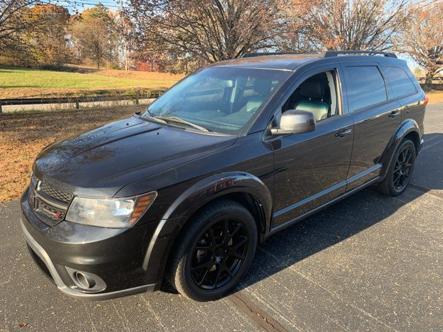 2013 Dodge Journey SXT in Knoxville, Tennessee 37920