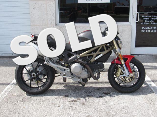 2013 Ducati Monster 796 in Dania Beach , Florida 33004
