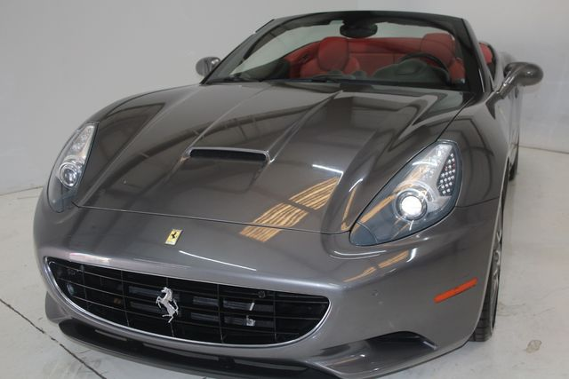 2013 Ferrari California Houston, Texas 10
