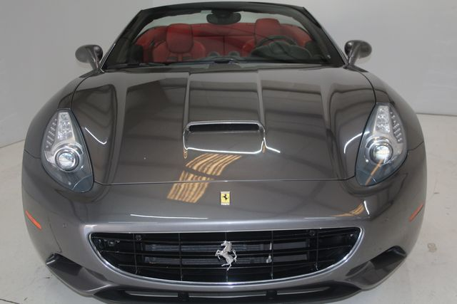 2013 Ferrari California Houston, Texas 11