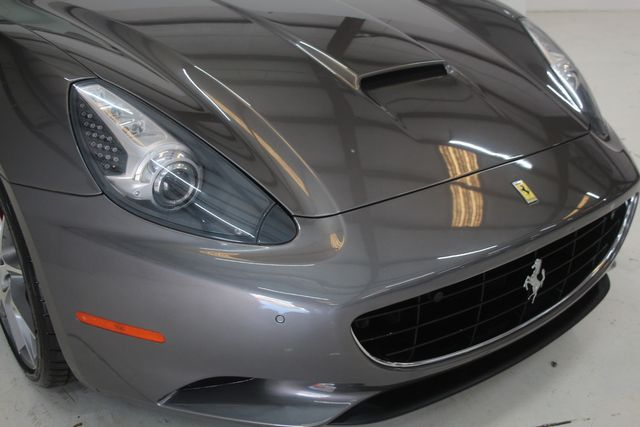 2013 Ferrari California Houston, Texas 14