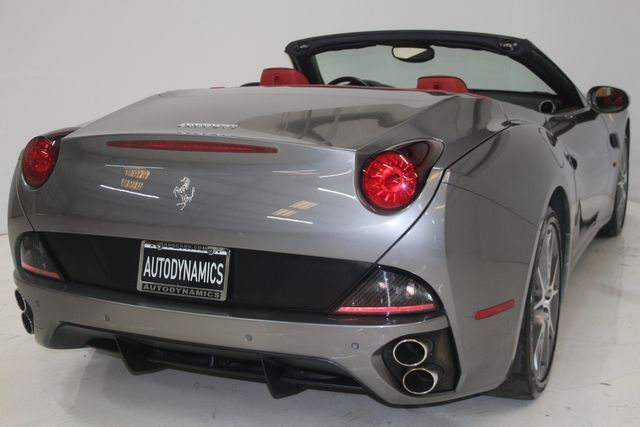 2013 Ferrari California Houston, Texas 18