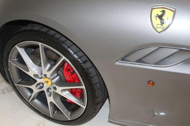 2013 Ferrari California Houston, Texas 23