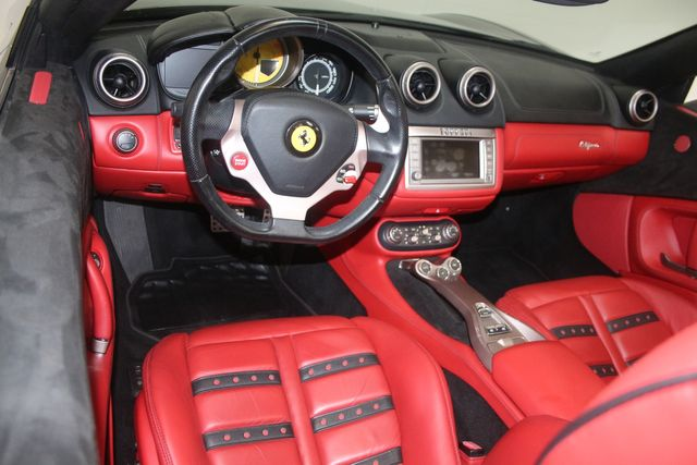 2013 Ferrari California Houston, Texas 27