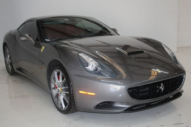 2013 Ferrari California Houston, Texas 3
