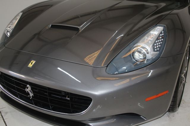 2013 Ferrari California Houston, Texas 5