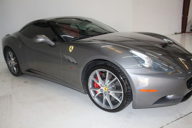 2013 Ferrari California Houston, Texas 7