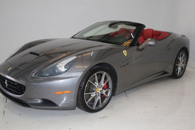 2013 Ferrari California Houston, Texas 8