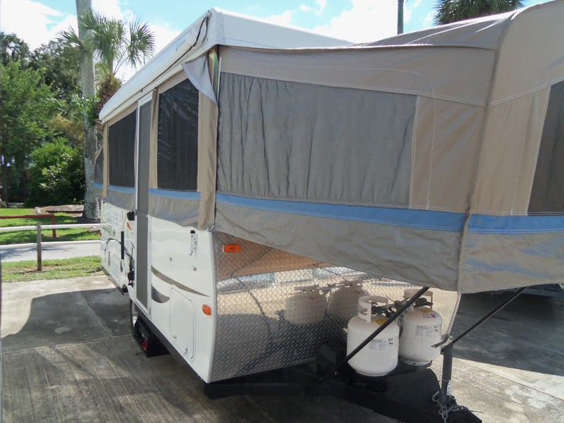 2013 Flagstaff POP-UP LITE WEIGHT  city FL  Manatee RV  in Palmetto, FL