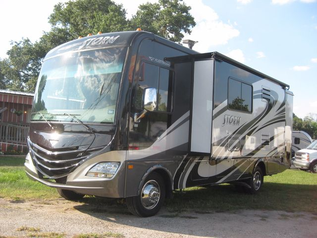 2013 Fleetwood 29'Storm For Sale & For Rent