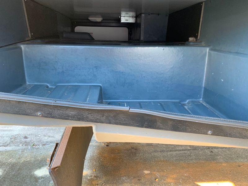 2013 Fleetwood BOUNDER 35K Bath and a Half Fully body paint WasherDryer Ready  city FL  Manatee RV  in Palmetto, FL