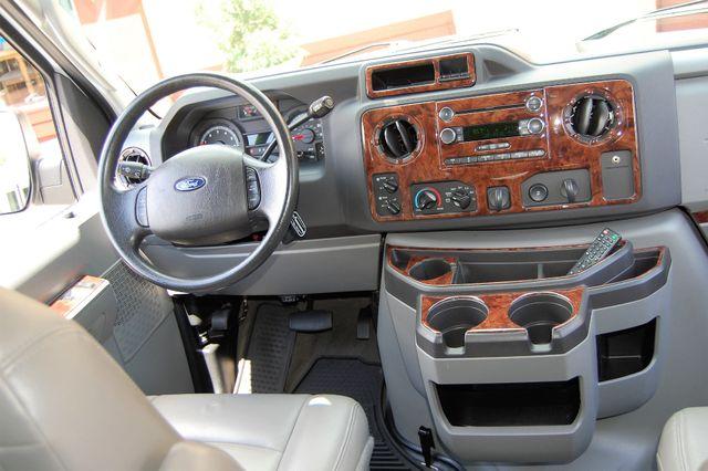 2013 Ford 10 Pass. TV / DVD Charlotte, North Carolina 21