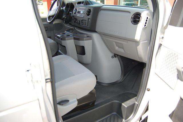 2013 Ford 10 Pass. E350 Charlotte, North Carolina 6