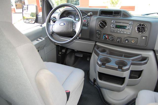 2013 Ford 10 Pass. E350 Charlotte, North Carolina 15