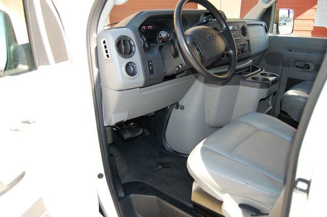 2013 Ford 11 Pass. XL Charlotte, North Carolina 4