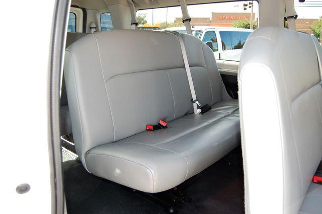 2013 Ford 11 Pass. XL Charlotte, North Carolina 10