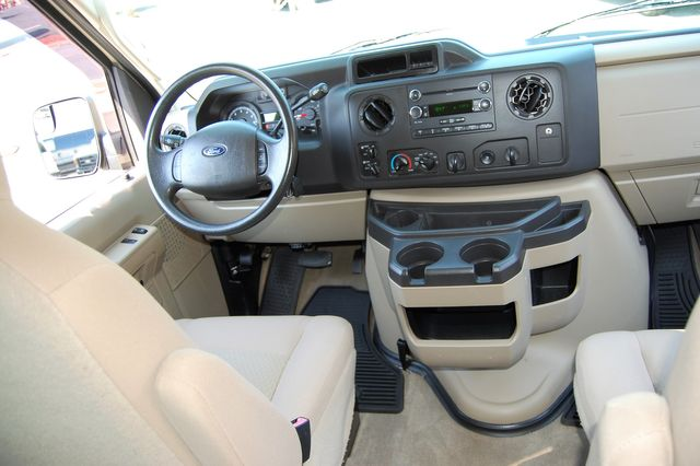 2013 Ford 12 Pass. XLT Charlotte, North Carolina 14