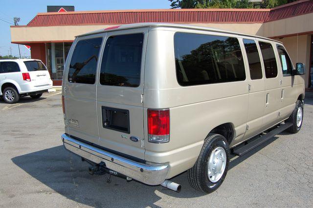2013 Ford 12 Pass. XLT Charlotte, North Carolina 2