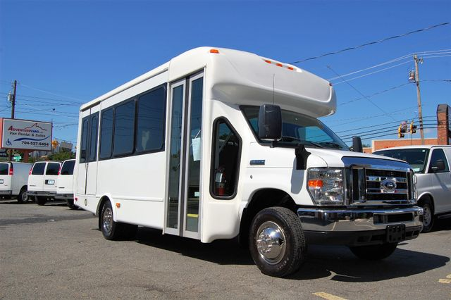 2013 Ford 15 Pass. Mini Bus Charlotte, North Carolina 1