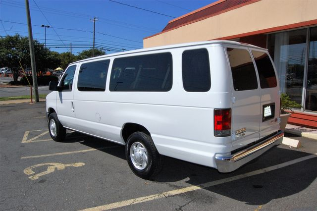 2013 Ford 15 Pass. XLT Charlotte, North Carolina 3