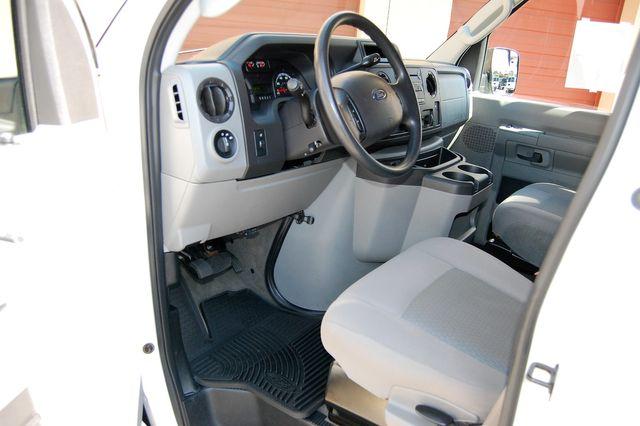 2013 Ford 15 Pass. XLT Charlotte, North Carolina 4