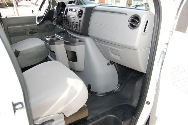 2013 Ford 15 Pass. XL Charlotte, North Carolina 6