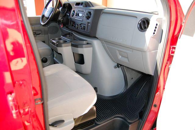2013 Ford 15 Pass. V10 XLT Charlotte, North Carolina 6